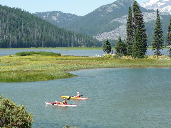 Bend, OR: Sparks Lake - Kayaks