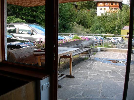 Vitalhotel Rainer: Vista parcheggio