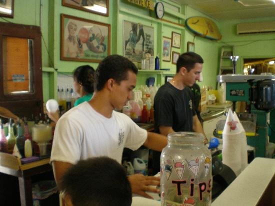 Matsumoto Shave Ice: The workers