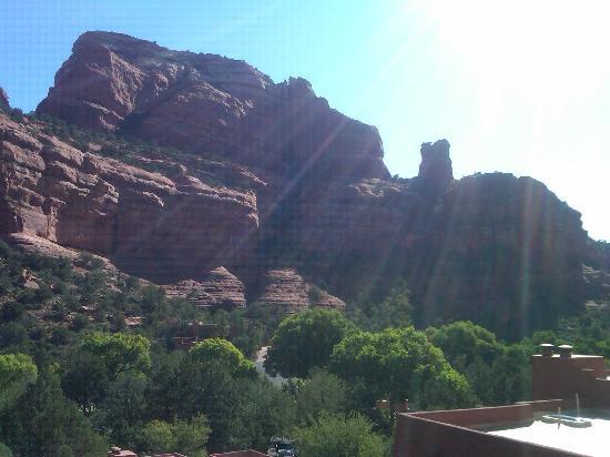เอนชาร์ทเมนท์ รีสอร์ท: View from my balcony