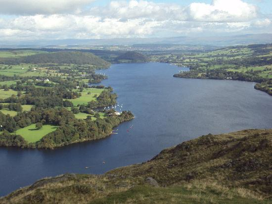 Waternook Lakeside Accommodation: Ullswater from hallin Fell 2