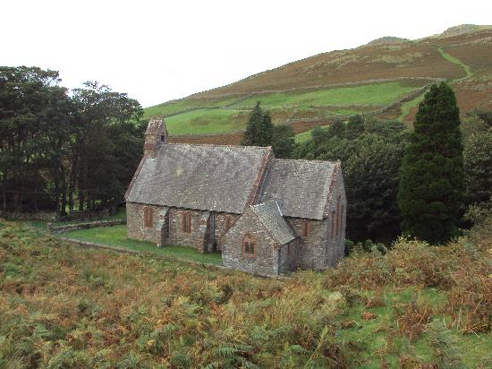 Waternook Lakeside Accommodation: St Peter's Church, Martindale