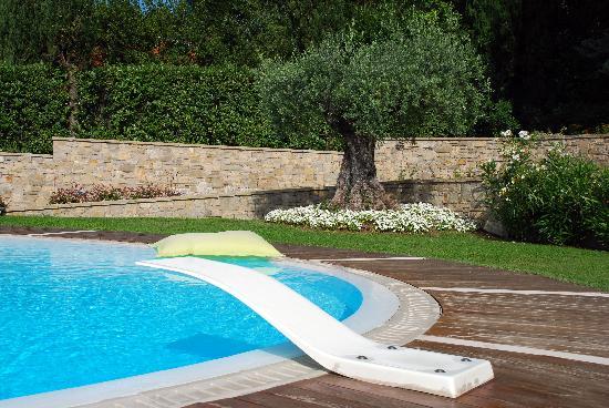 B&B Villa Luna Salo: piscina villa luna