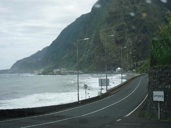 Frente al Mar: carretera de llegada