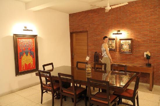 Thikana: Vorraum auf der ersten Etage (unserer Favorit)