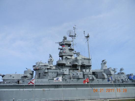 Mobile, AL: Battleship