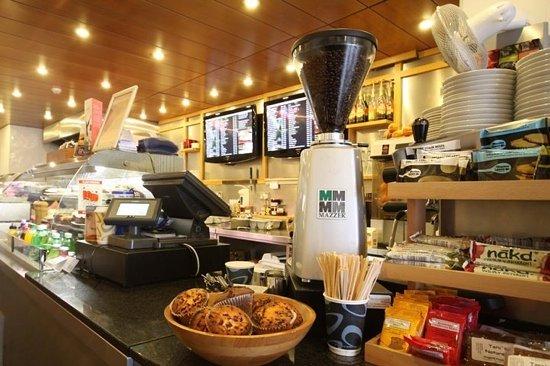 Cafe Fleur: interior of the cafe!