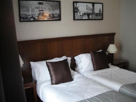 โรงแรมอาโกราแซงท์แชร์แม็ง: Superior double room