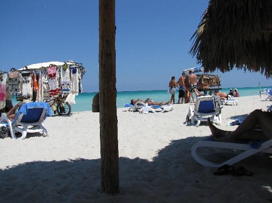 Blau Varadero Hotel: beach