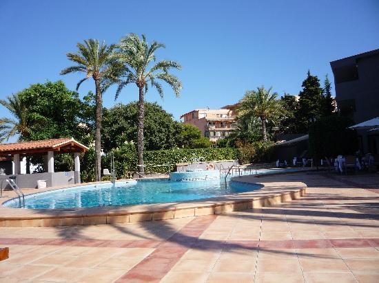 BQ Augusta Hotel: piscine