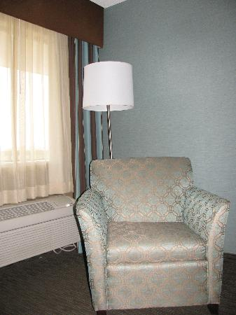 Best Western Huntsville Inn & Suites: different sitting areas