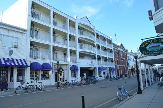 Lilac Tree Hotel Suites Mackinac Island