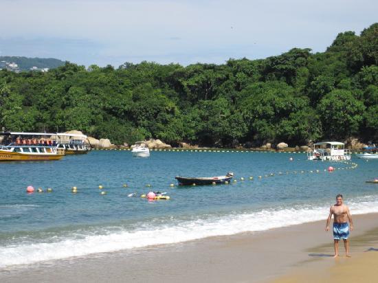 Isla La Roqueta: beach