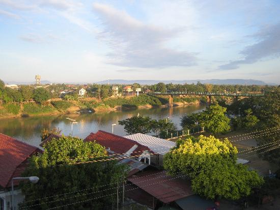 Residence Sisouk: Vue sur le fleuve de notre fenêtre