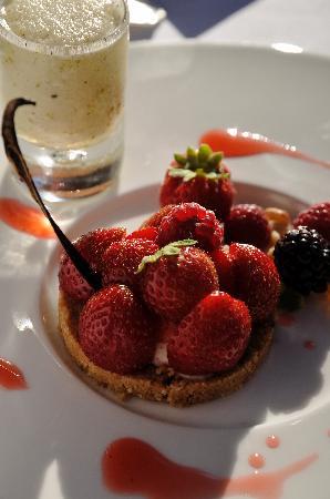 Manoir de la Roseraie: tartelette aux fraises