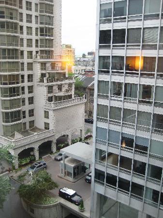 Sofitel Montreal Golden Mile: view