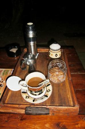 Mara Bush Camp: breakfast at 6:30 am at the tent's veranda