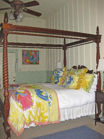 Old Crocker Inn: Hopkins Room