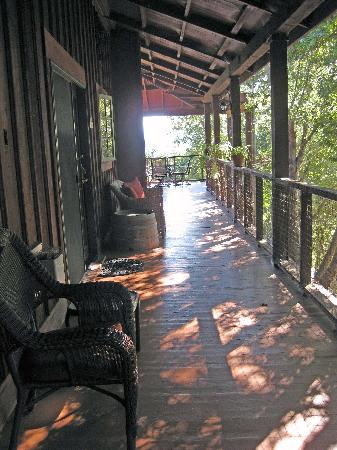 Old Crocker Inn: Back deck