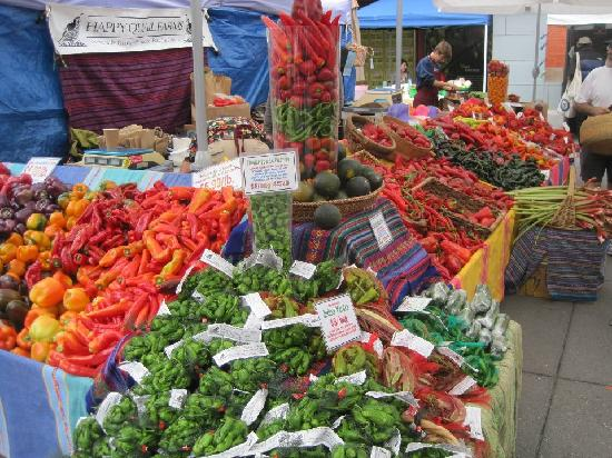 Ferry Building Marketplace: Saturday Farmers Market