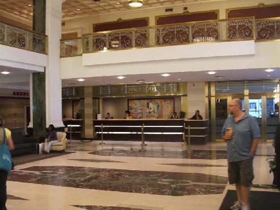 โรงแรมเดอะนิวยอร์คเกอร์: Hotel Foyer