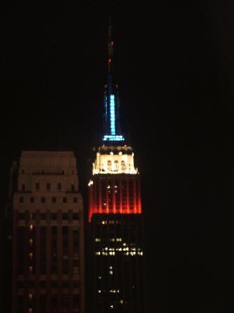 โรงแรมเดอะนิวยอร์คเกอร์: Empire State Building at Night