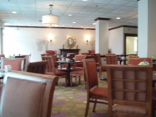 Holiday Inn Alexandria at Carlyle: Restaurant