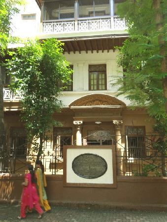 พิพิธภัณฑ์มนีภวันคานธี: Gandhis Quartier während seiner 17 Jahre in Mumbai