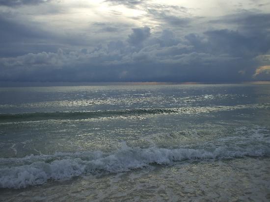North Jetty Beach: more sunset