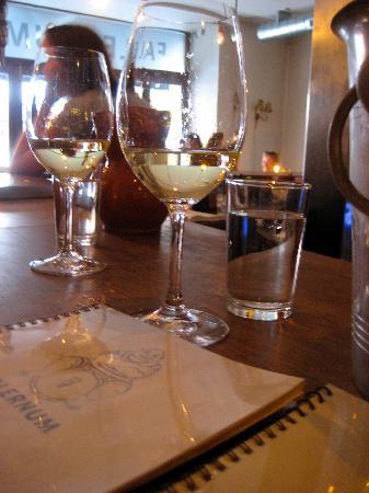 Falernum: wine glasses and wine list