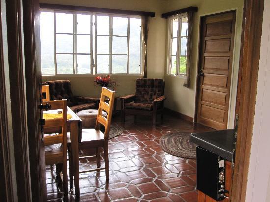 La Montana y el Valle Coffee Estate Inn: Interior