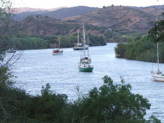 Alcoutim, โปรตุเกส: river Guadiana