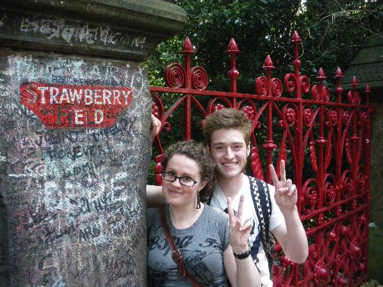 The Beatles Fab Four Taxi Tour: @ Strawberry Field