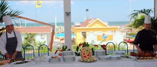 Hotel Luxor Beach: sala pranzo sul mare