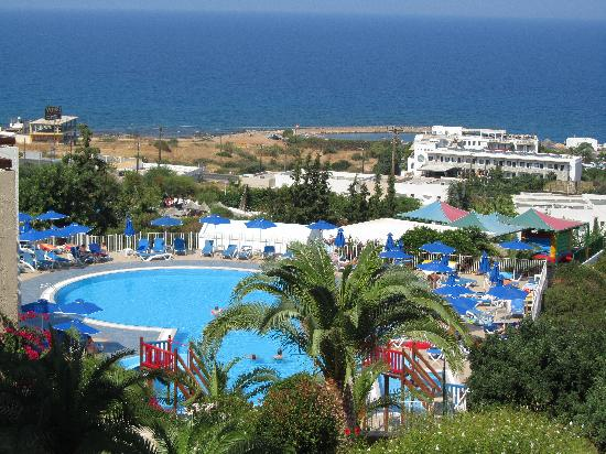 Grand Hotel Holiday Resort: View of second pool from the top of the hotel