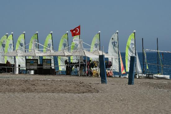 #คลับ เมด ปอลมิเย: catamarans