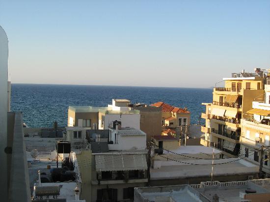 โรงแรมเอเทรียน: balcony view