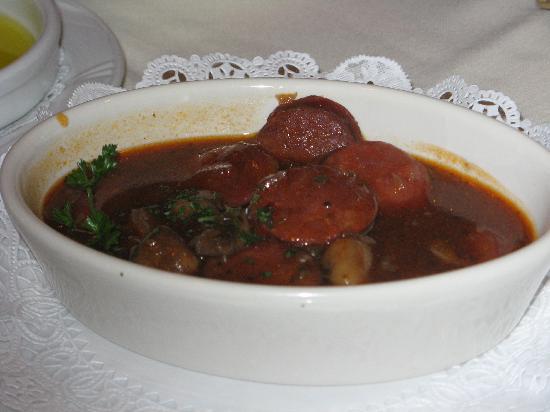 Costa Del Sol Restaurante: Chorizo y setas al vino