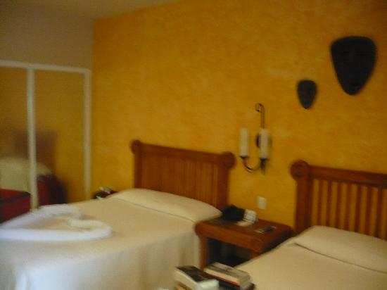 Catalonia Riviera Maya: Bedroom