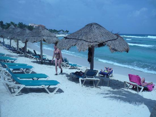Catalonia Riviera Maya: Beach