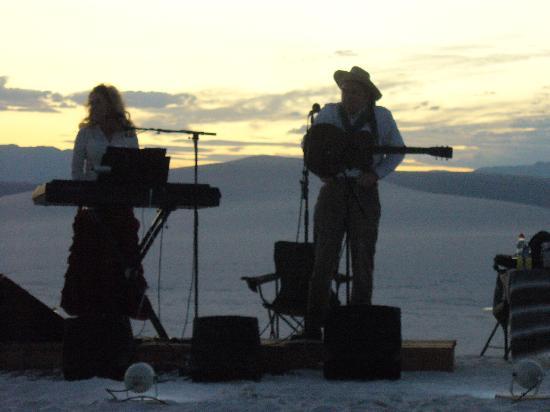 White Sands National Monument: start of concert