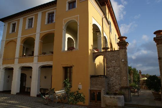 Hotel Villa Cheli: The main building