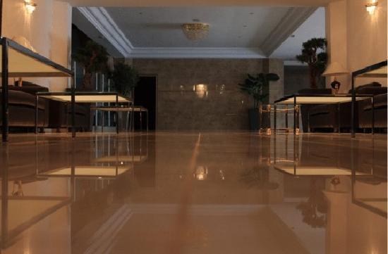 Hotel Cesar: Eingang