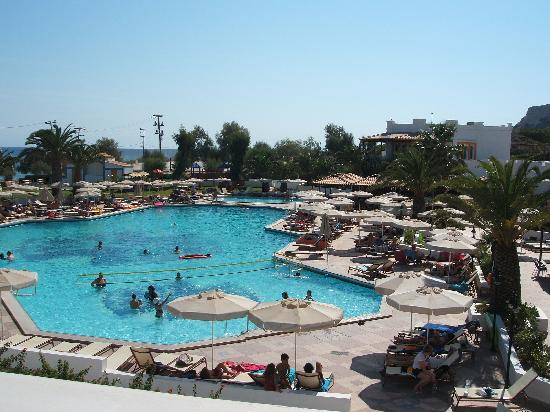 Lagas Aegean Village: Pool and surround