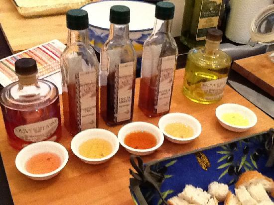 Turkish Flavours: Olive oil & vinegar tasting