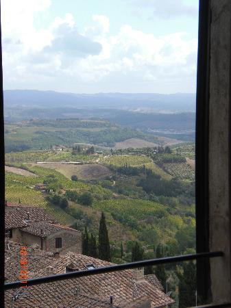 La Cisterna Hotel: More views
