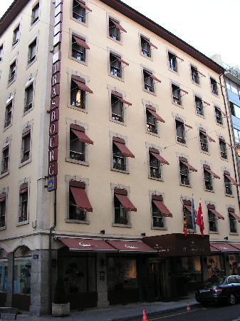 Best Western Hotel Strasbourg: Frontside of hotel