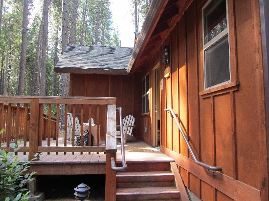 เอเวอร์กรีนลอดจ์ แอท โยเซมิตี:: Our lodge at Evergreen