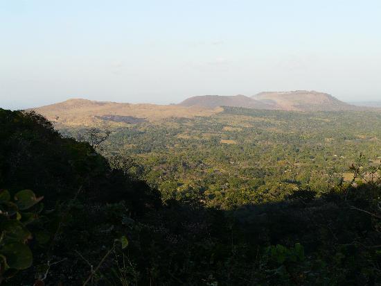 La Mariposa Spanish School and Eco Hotel: masaya volcano