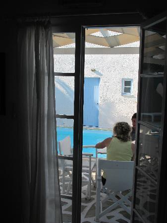 Marinero Hotel and Suites : Frühstück am Pool